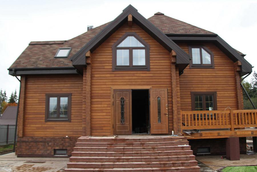 Важлива перевага будинків з клеєного бруса - це швидкі терміни будівництва  (не потрібно чекати усадки) і можливість заселиться в будинок відразу після  ... 54297a400f615